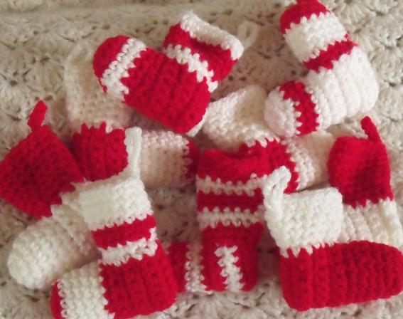 Decoration de noel a faire au tricot