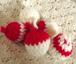 Boules de noël au crochet (facile) dans CROCHET/TRICOT dscf2518-300x254